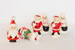 Trio de Santa et de Mme Dispositifs trembleurs de Claus Vintage Salt et de poivre photographie stock libre de droits