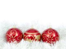 Trio do vermelho das esferas do Natal imagens de stock