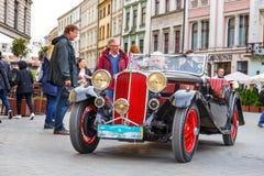 Triomphez sur le rassemblement des voitures de vintage à Cracovie, Pologne Photographie stock