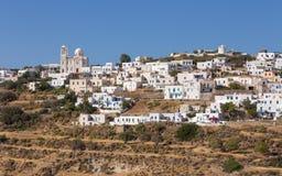 Tripiti美丽如画的村庄,芦粟海岛,基克拉泽斯,希腊 免版税图库摄影