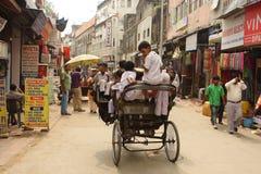 Trishaw indiano sulla via a Delhi Immagine Stock Libera da Diritti