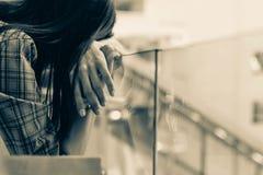 Tristesse de femme de l'Asie photos libres de droits