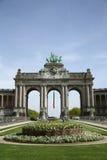 Triumf- båge i Parcen du Cinquantenaire i Bryssel Fotografering för Bildbyråer