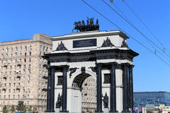 Triumf- båge på den Kutuzov avenyn i Moskva, Ryssland Fotografering för Bildbyråer
