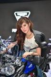 Triumfera motorcykel XCX för tiger 800 i den Bangkok internationalen Thaila Royaltyfri Fotografi