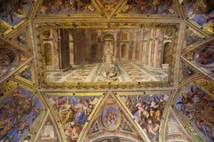 Triumph des Christentums über Heidentum Stockbild
