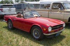 1971 Triumph rosso Fotografia Stock Libera da Diritti