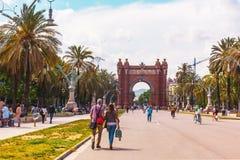 Triumphal båge i barcelona Arkivbilder