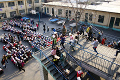 Trivelli di evacuamento tenuti Fotografie Stock Libere da Diritti