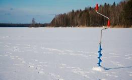 Trivello di pesca del ghiaccio Fotografia Stock