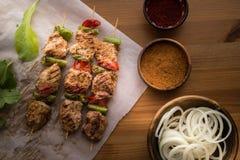 Türkische Kebab-/Hühneraufsteckspindeln Stockfotografie