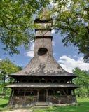 Träkyrka, Maramures, Rumänien Arkivbild