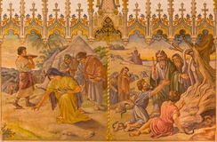 Trnava - νωπογραφία της σκηνής ως Israelites στη συλλογή του πανεριού, και δεδομένου ότι ο Μωυσής έκανε ένα φίδι χαλκού Στοκ εικόνες με δικαίωμα ελεύθερης χρήσης