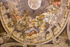 Trnava - den barocka freskomålningen av kröningen av jungfruliga Mary vid A Hess i kapell för St Nicholas kyrkliga och jungfrulig Arkivfoto