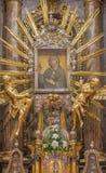 TRNAVA, SLOVACCHIA - 14 OTTOBRE 2014: L'altare barrocco di vergine Maria nella chiesa di San Nicola Immagini Stock