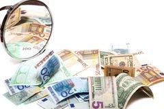 Troca da reflexão no espelho redondo Imagens de Stock Royalty Free