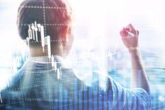Troca dos estrangeiros, mercado financeiro, conceito do investimento no fundo do centro de negócios imagens de stock