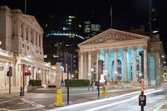 Troca, shopping e Banco da Inglaterra reais de Londres fotografia de stock