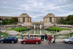 Trocadéro, wieża eifla, Trocadéro, Hotelowy Eiffel wonton, samochód, gruntowy pojazd, pojazd, luksusowy pojazd Obraz Stock