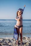 trochę plażowa śliczna dziewczyna obrazy royalty free