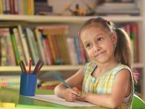 trochę dziewczyna rysunkowy dom Zdjęcie Stock