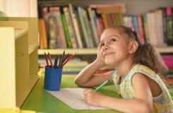 trochę dziewczyna rysunkowy dom Fotografia Stock