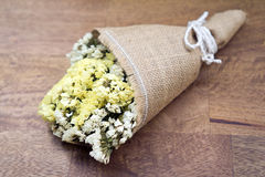 Trockenblumeblumenstrauß Stockfotografie
