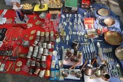 Trockene BrückenFlohmarkt in Tiflis, Georgia lizenzfreies stockbild