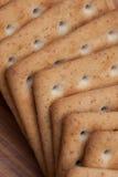 Trockene Kekse auf dem Tisch lizenzfreies stockfoto