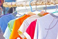Trockene Kleidung in der Luft Lizenzfreies Stockbild
