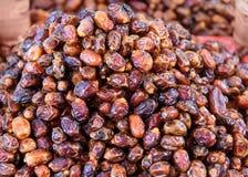 Trockenes Fruchtdatum am Markt in Marokko Stockbilder