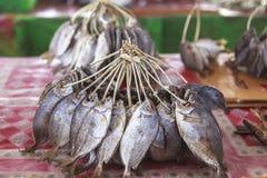 Trockenfisch-Fischmarkt in Labuan Bajo, Flores-Insel, Indonesien stockbild