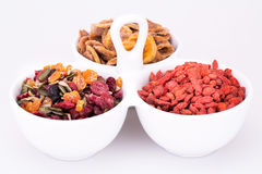 Trockenfrüchte und Beeren lizenzfreie stockbilder