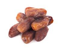 Trockenfrüchte von der Dattelpalme lokalisiert auf weißem Hintergrund Stockfoto