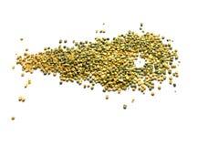 Trocknen Sie aufgeteilten Beschaffenheitshintergrund der grünen und gelben Erbsen Lizenzfreie Stockfotos