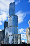 Troef Internationale hotel en Toren, Chicago Stock Foto's
