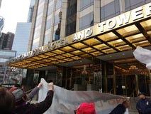 Troef Internationale Hotel & Toren, Vrouwen ` s Maart, het Central Parkwesten, NYC, NY, de V.S. royalty-vrije stock foto