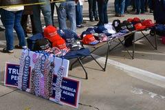 Troef politieke overhemden en kappen royalty-vrije stock afbeelding