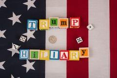 Troef versus Hillary Stock Afbeeldingen