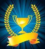 Troféu do ouro com grinalda do louro Fotos de Stock