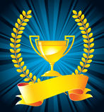 Trofeo dell'oro con la corona dell'alloro Fotografie Stock