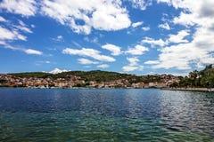 Trogir-Stadtpanoramische Seeansicht, Kroatien Stockfotografie