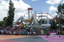 Troika und Achterbahn am Erlebnispark Stockfoto