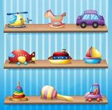 Trois étagères en bois avec des jouets illustration libre de droits