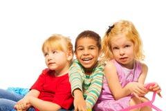 Trois 5 années heureuses d'enfant Photographie stock