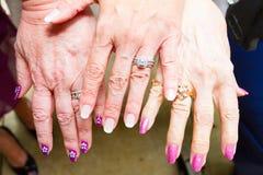 Trois anneaux de mariage de générations Image stock