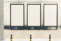 Trois bannières en blanc dehors illustration libre de droits