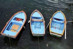 Trois bateaux de doris Photos libres de droits