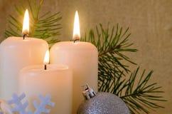 Trois bougies d'arrivée. Images libres de droits