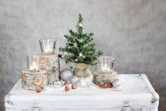Trois bougies et arbres de Noël Images libres de droits
